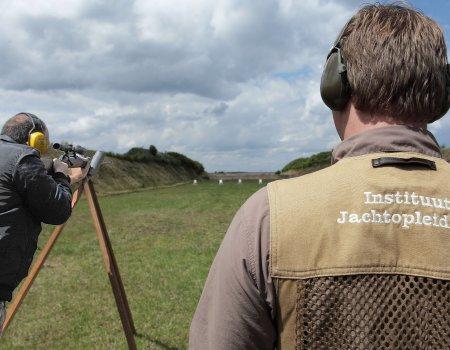 Praktisch jachtexamen: kogelschieten 'op afspraak' verzetten